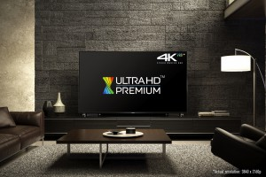 Panasonic DXW904: Zwei neue 4K-Fernseher für 2016