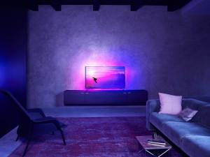 Neuer Philips-TV PUS8601: Ambilight von allen Seiten