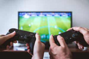 Fernseher als Bildschirm zum Zocken nutzen – so geht's